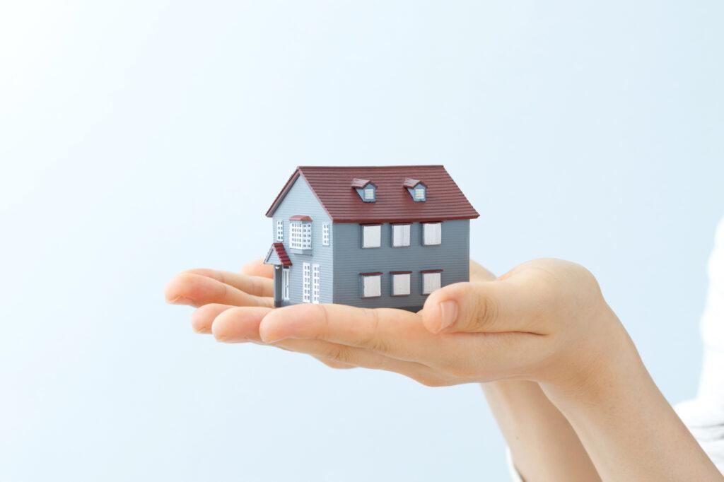 "<span class=""title"">新しい家に住み替える際の不動産手続きの流れ</span>"